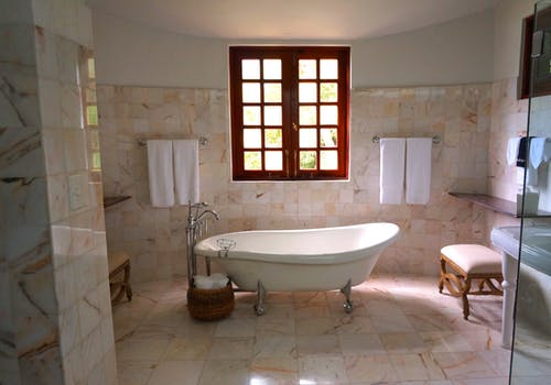Questions To Ask When Hiring A Bathtub To Showers Santa Ana CA Conversion Contractor