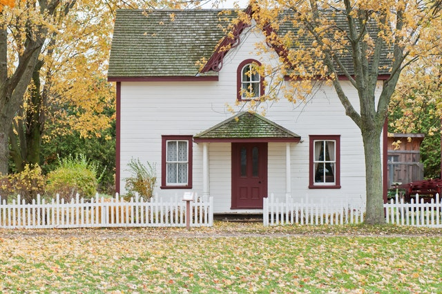 Maintenance Tips for Your Residential Roof This Fall