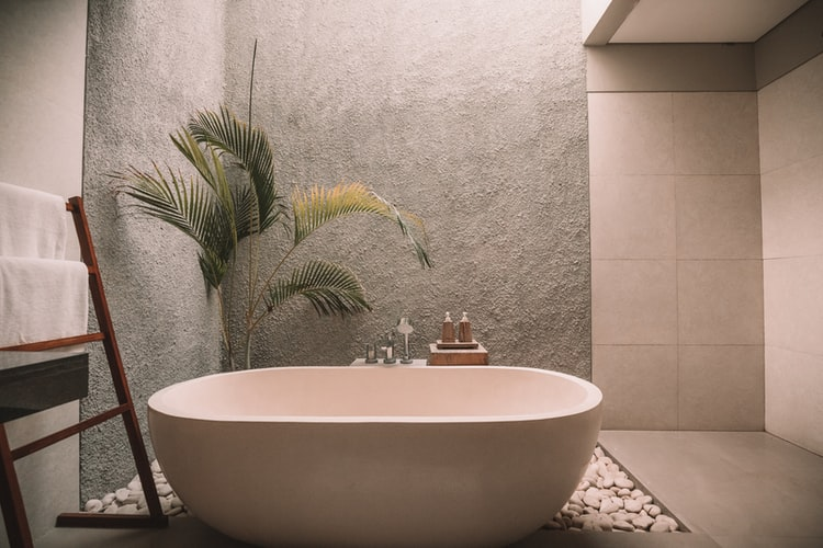 7 Ways To Breathe New Life Into Your Old Bathroom